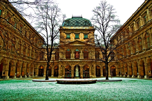 University_of_Vienna_monumentosen_worldbestrooms